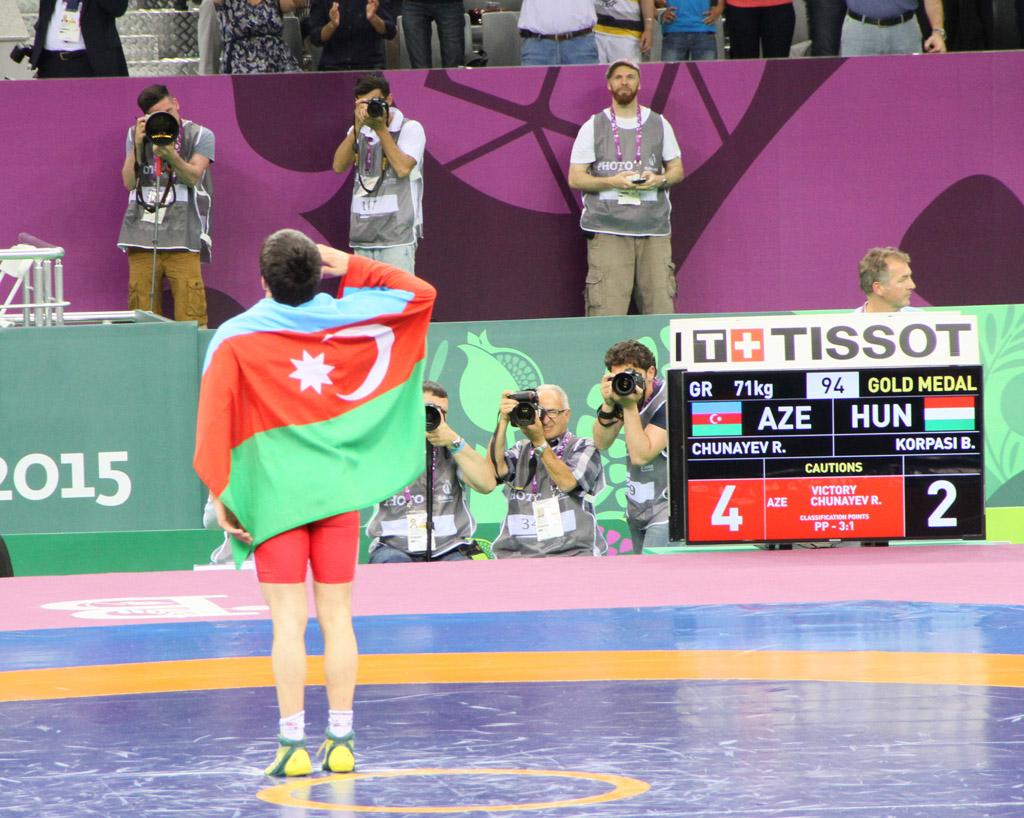 Güləşçilərimiz Avropa Oyunlarında ilk qızıl medalını qazandı: Rəsul Çunayev hərbi salam verdi(ƏLAVƏ OLUNUB 9) (FOTO, VİDEO) - Gallery Image