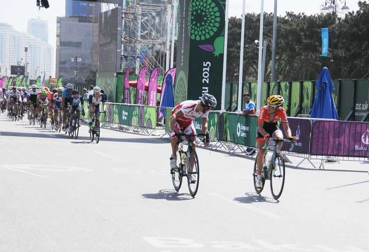 Spanish athlete wins gold medal in men's road race at Baku 2015