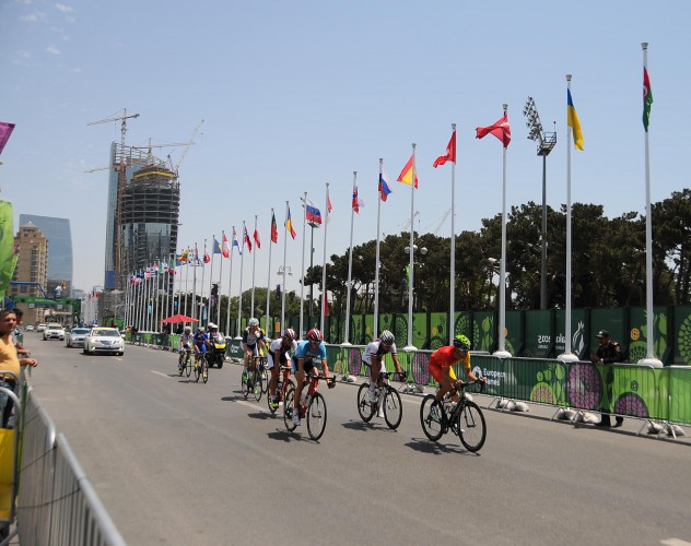 Spanish athlete wins gold medal in men's road race at Baku 2015 - Gallery Image