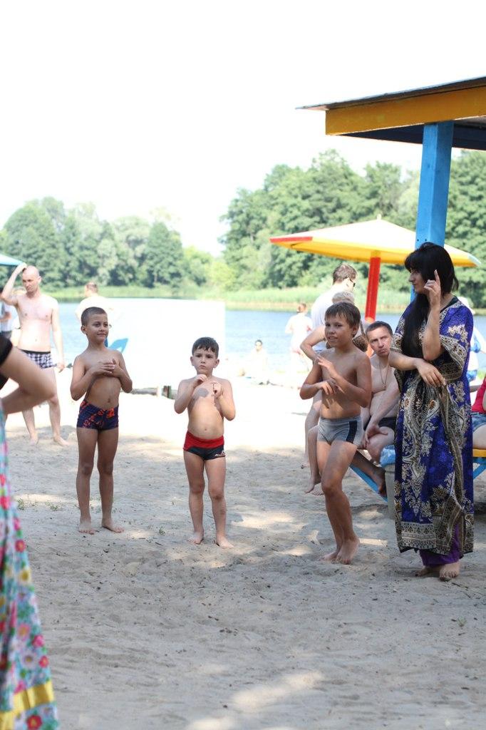 Участники АМОР Липецкой области открыли пляжный сезон для людей с ограниченными возможностями (ФОТО) - Gallery Image