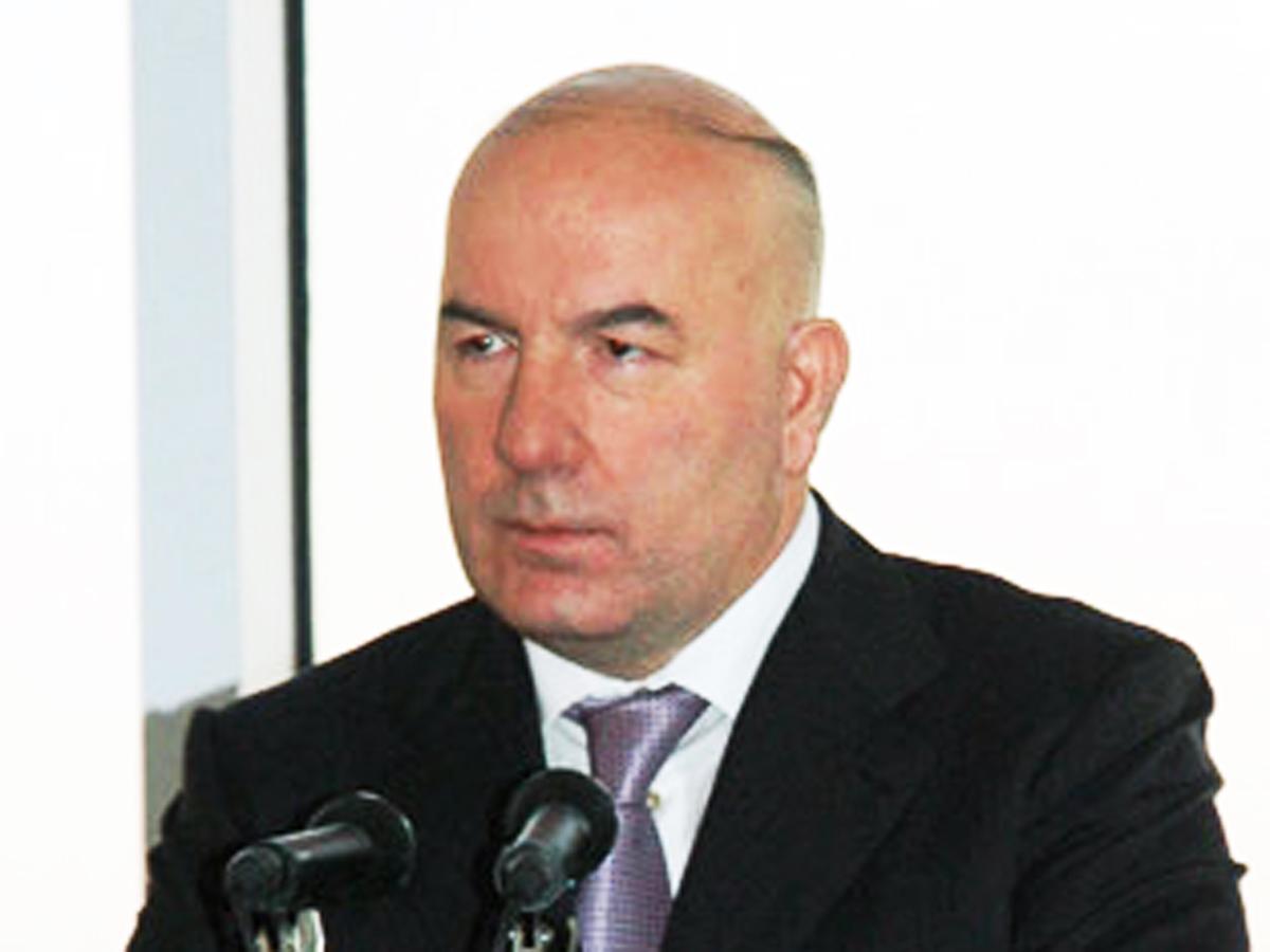 Elman Rüstəmov: Bank islahatları regionların inkişafına əhəmiyyətli töhfə verəcək