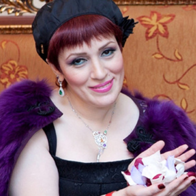 Famous Azerbaijani psychic healer to enter Guinness Book of Records (PHOTO) - Gallery Image