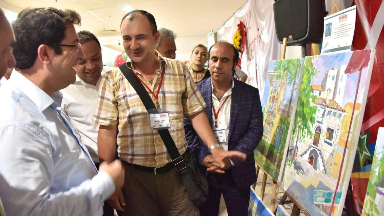 Мушфиг Алиев и художники из тюркских стран создали более 100 картин (ФОТО)