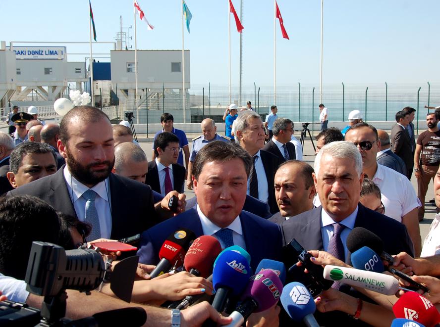 Баку принял первый поезд по Транскаспийскому транспортному маршруту  (ФОТО) - Gallery Image