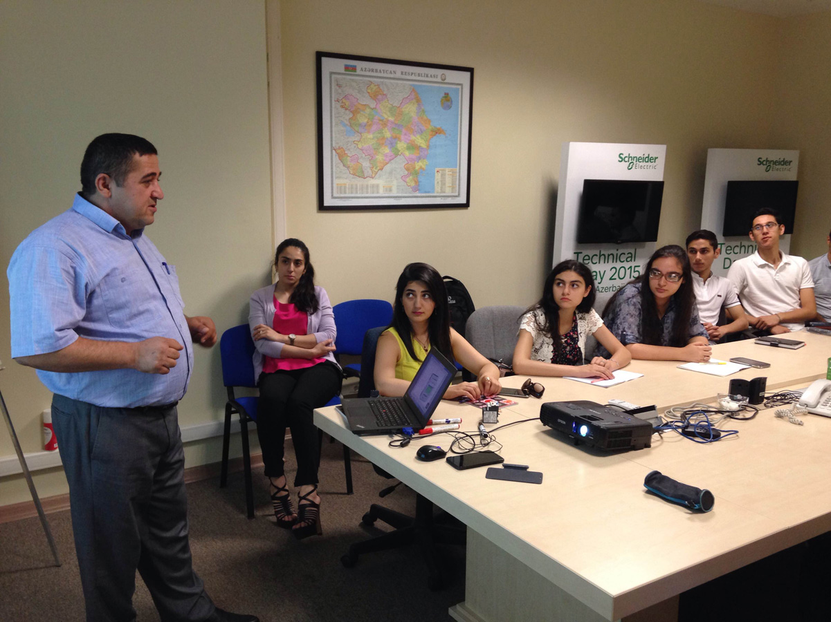 Schneider Electric runs energy summer school classes for students in Azerbaijan - Gallery Image