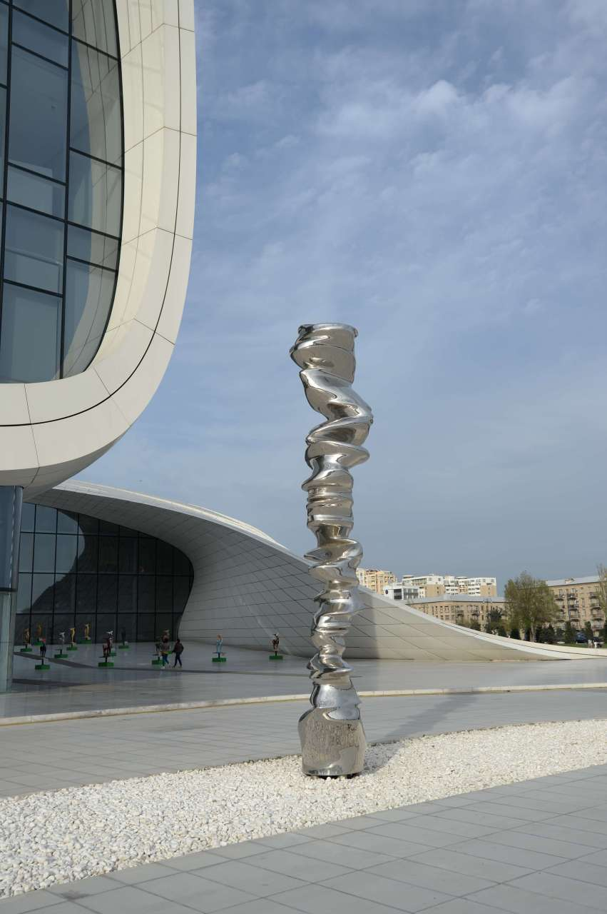 Solo exhibition of renowned sculptor launched at Heydar Aliyev Center (PHOTO) (VIDEO) - Gallery Image