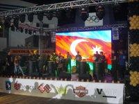 "Элвис Пресли и группа ""Кисс"" на открытии мотофестиваля в Шеки (ФОТО) - Gallery Thumbnail"