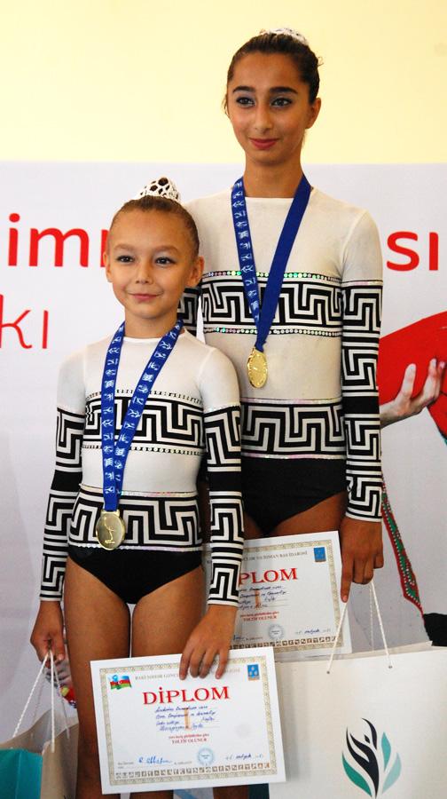 Akrobatika gimnastikası üzrə 22-ci Bakı çempionatı başa çatdı (FOTO) - Gallery Image