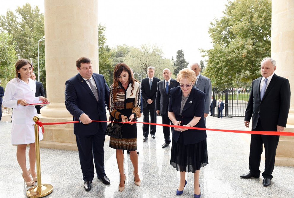 Azerbaijani first lady attends opening of Baku branch of I.M. Sechenov Moscow State Medical University (PHOTO)