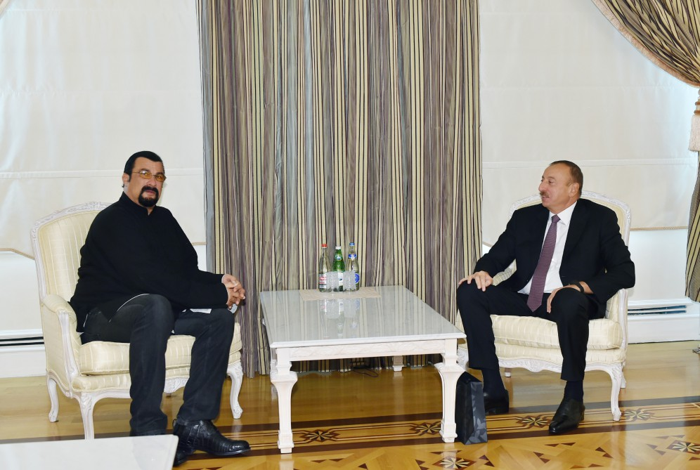 Azerbaijani president receives famous actor Steven Seagal - Gallery Image
