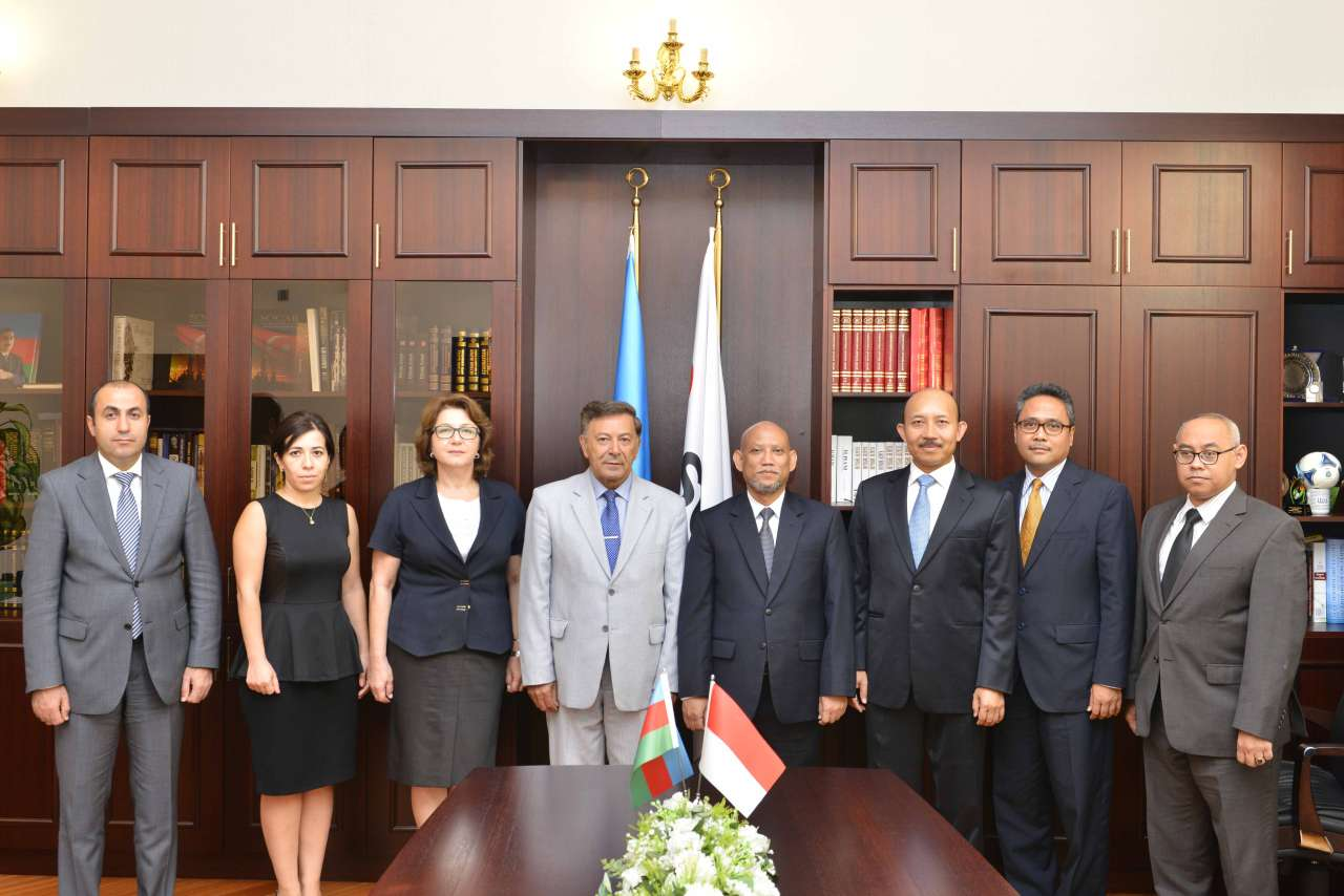 Baku Higher Oil School to establish relations with Indonesia - Gallery Image