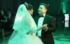 Азербайджанский актер и телеведущий сыграл свадьбу (ФОТО) - Gallery Thumbnail