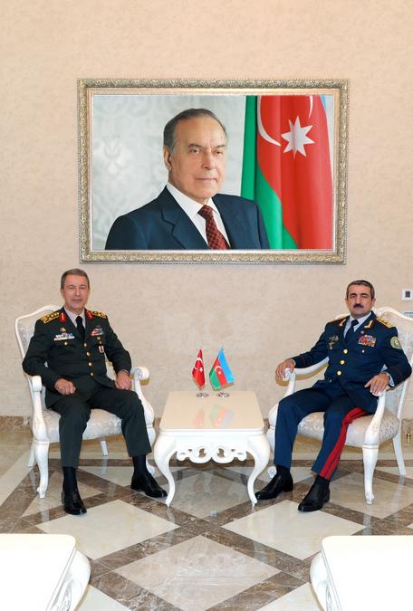 Azərbaycanla Türkiyə arasında sərhəd təhlükəsizliyinin möhkəmləndirilməsi müzakirə olunub  (FOTO) - Gallery Image