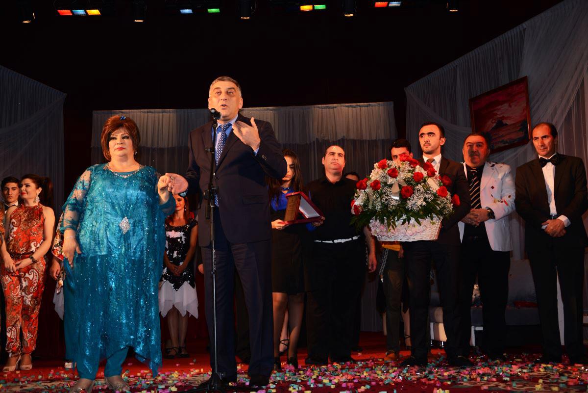 Афаг Баширгызы сыграла свадьбу для поклонников (ФОТО) - Gallery Image