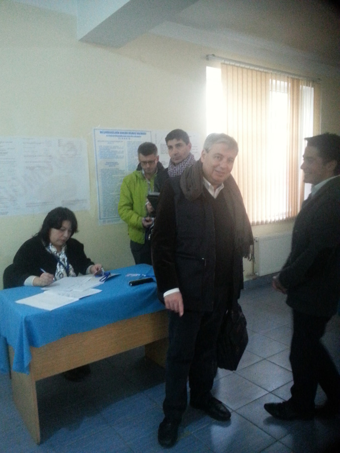 PACE mission observes parliamentary election in Azerbaijan (PHOTO) - Gallery Image