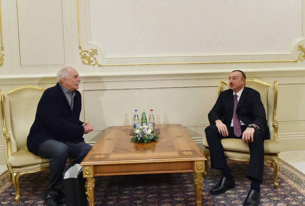 Prezident İlham Əliyev Rusiya Kinematoqrafçılar İttifaqının sədrini qəbul edib