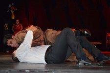 """Arzu və Murad"" на сцене азербайджанского театра (ФОТО) - Gallery Thumbnail"