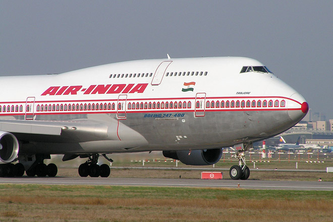 Самолет авиакомпании Air India вернулся в аэропорт вылета из-за крысы