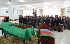 Ilham Aliyev attends farewell ceremony for People's Poet Zalimkhan Yagub - Gallery Thumbnail