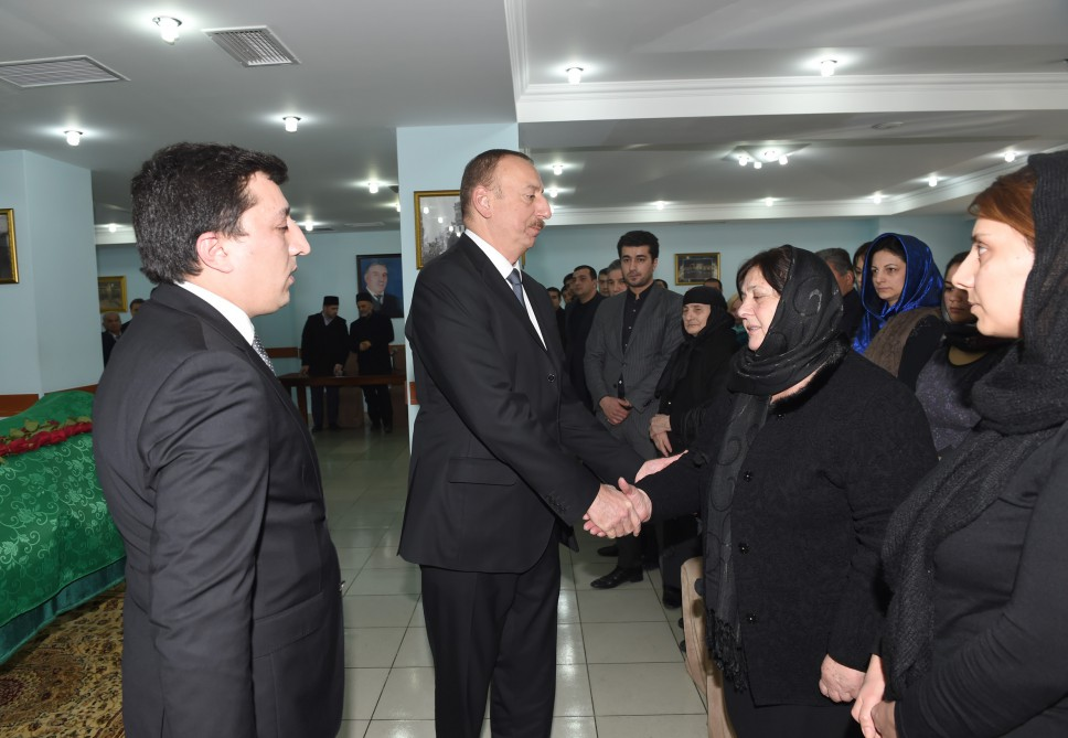 Ilham Aliyev attends farewell ceremony for People's Poet Zalimkhan Yagub - Gallery Image