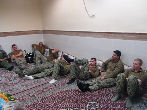 Iran frees arrested US sailors, releases their photos