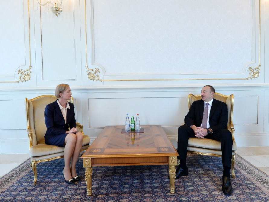 Azerbaijani president receives credentials of incoming Swedish ambassador - Gallery Image
