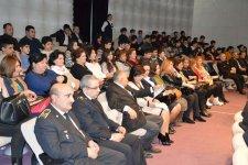 Семья вурдалака: Азербайджанские актеры в борьбе с пороком века (ФОТО) - Gallery Thumbnail