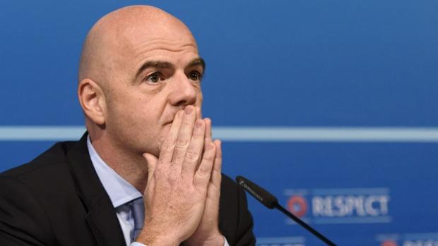 Президент ФИФА объявил о сборе денег на строительство стадионов в Африке