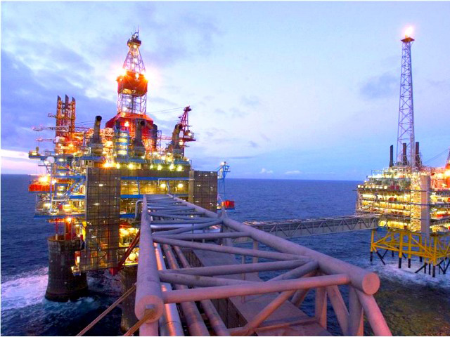 Shell revises up forecasts for oil production
