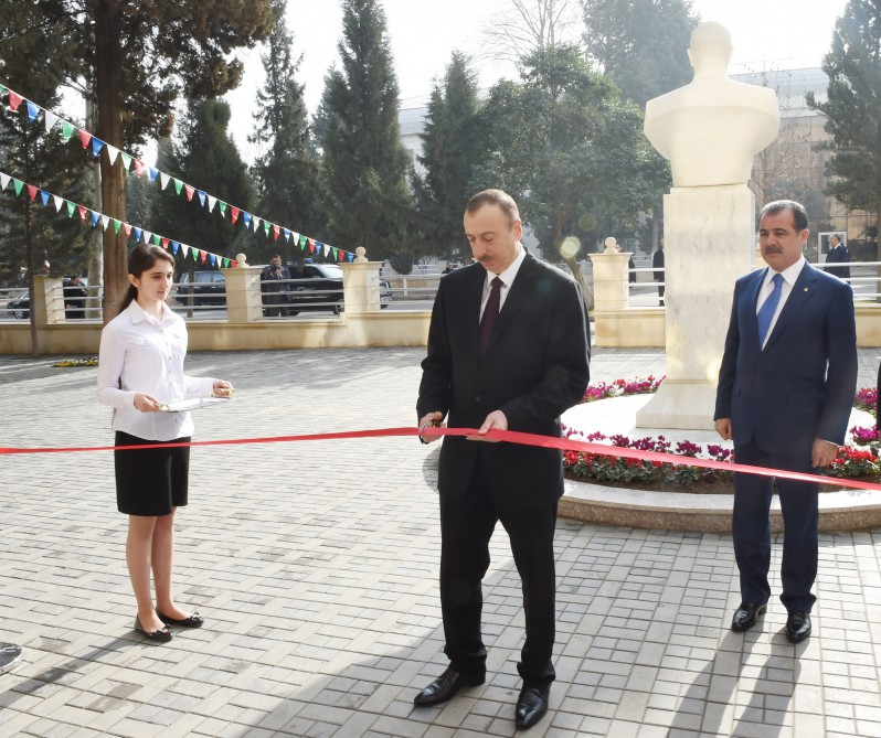 Azerbaijani president attends opening of secondary school No. 39 in Ganja - Gallery Image