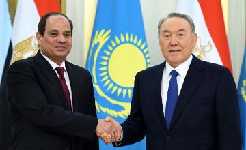 Kazakh, Egyptian presidents mull economic co-op