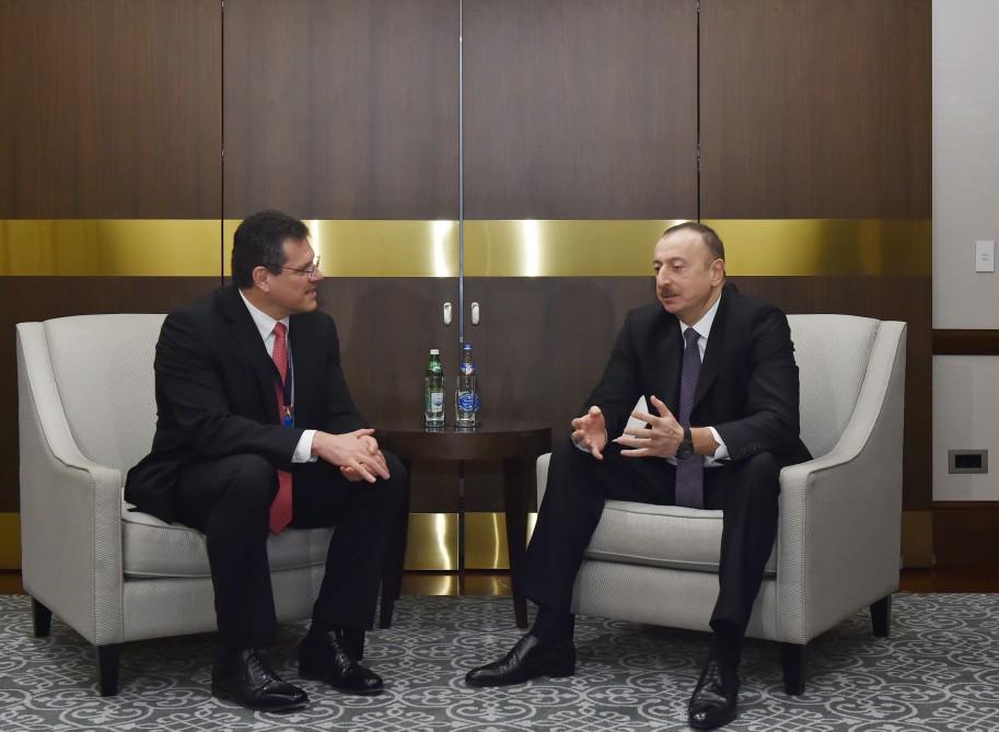 İlham Əliyev Avropa Komissiyasının enerji birliyi üzrə vitse-prezidentini qəbul edib (FOTO) - Gallery Image