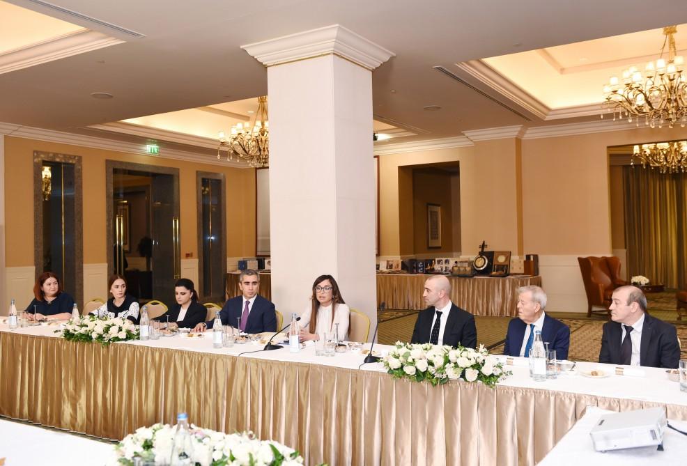 """Person of the Year"" award presented to Heydar Aliyev Foundation President Mehriban Aliyeva - Gallery Image"