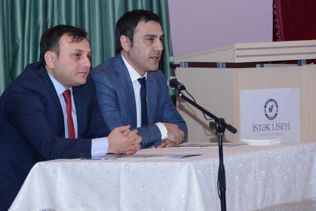 UNEC meets with its future students