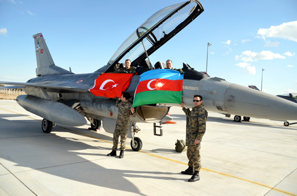 Azerbaijani, Turkish pilots carry out familiarization flights (PHOTO, VIDEO)