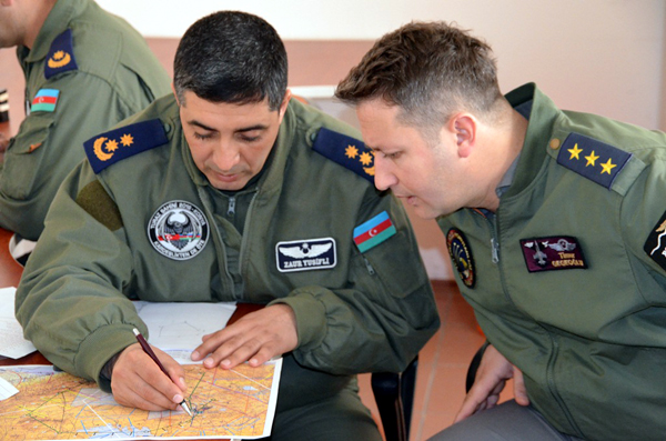 Azerbaijani, Turkish pilots carry out familiarization flights (PHOTO, VIDEO) - Gallery Image