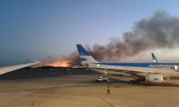 Massive fire breaks out near Buenos Aires airport
