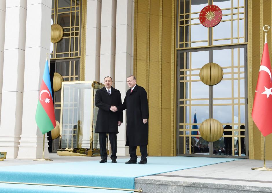 Prezident İlham Əliyevin Ankarada rəsmi qarşılanma mərasimi olub (FOTO) - Gallery Image