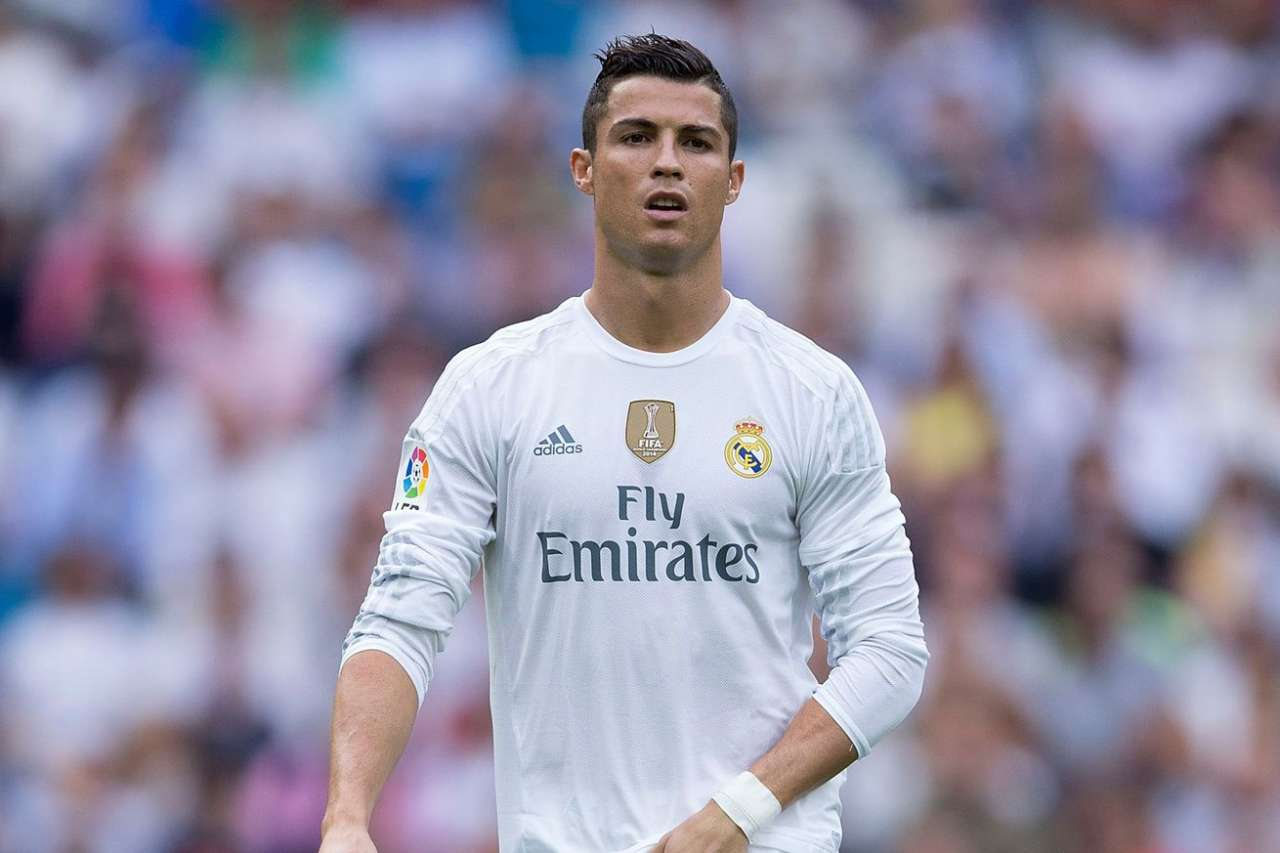 Cristiano Ronaldo offered new contract by Real Madrid