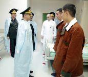 Müdafiə Nazirliyinin rəhbərliyi hərbi hospitalda olub (FOTO) - Gallery Thumbnail
