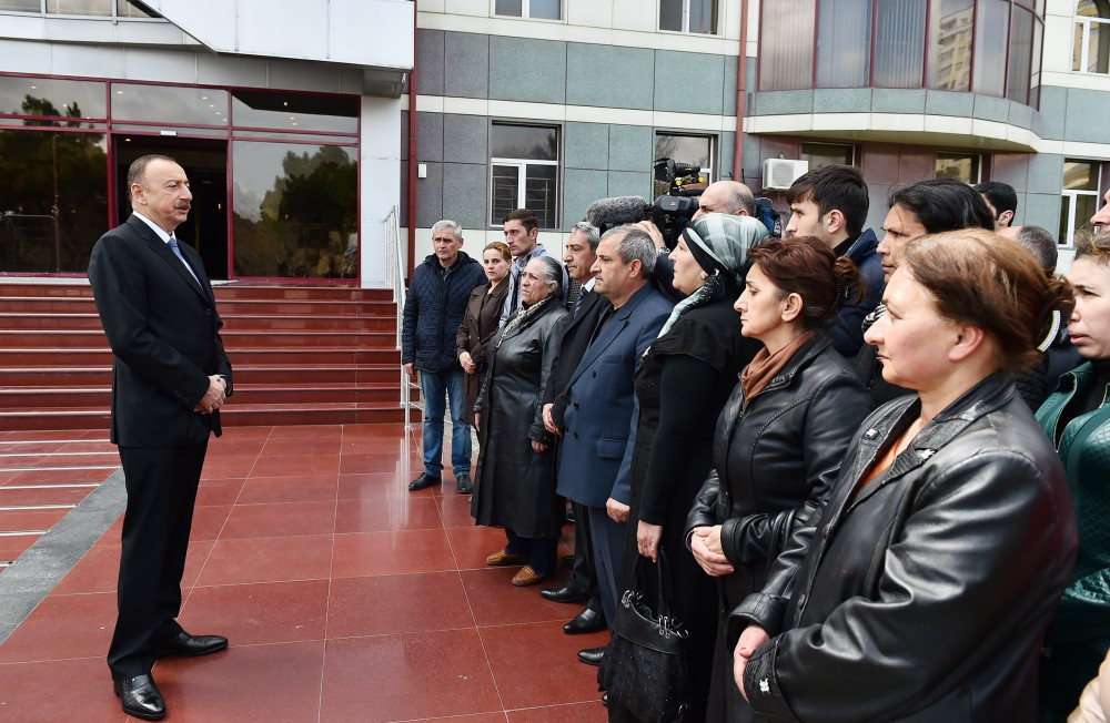 Azerbaijan's president visits injured servicemen at Defense Ministry's Central Clinical Hospital - Gallery Image