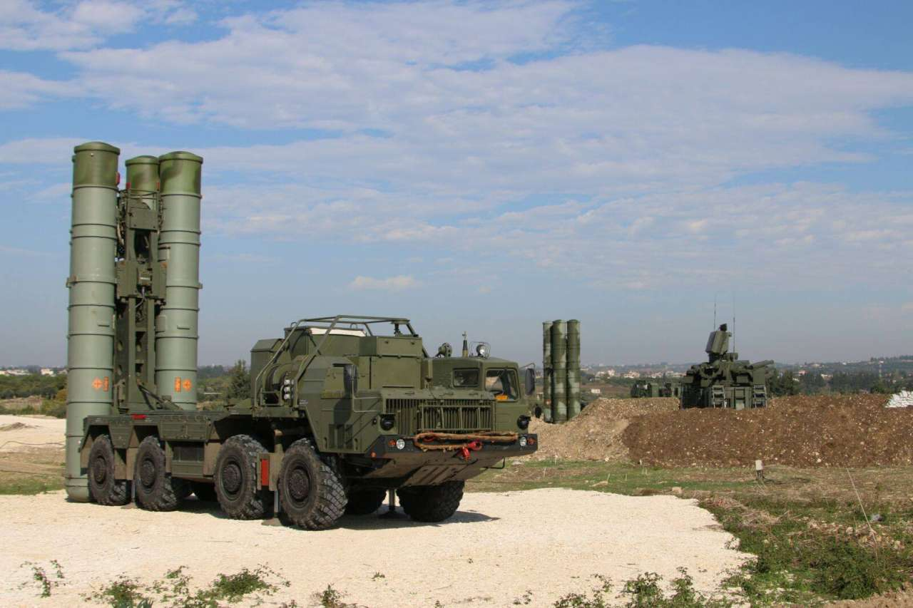 Turkey in talks with Russia to buy its S-400 missile system