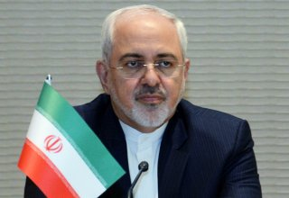 Iranian FM discusses impact of FATF related bills issues on economy