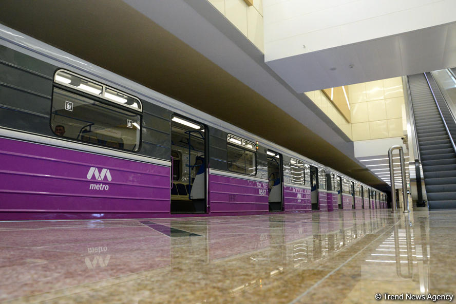 Assistant to Azerbaijani president: Resumption of subway, shopping centers activities could lead to COVID-19 cases increase