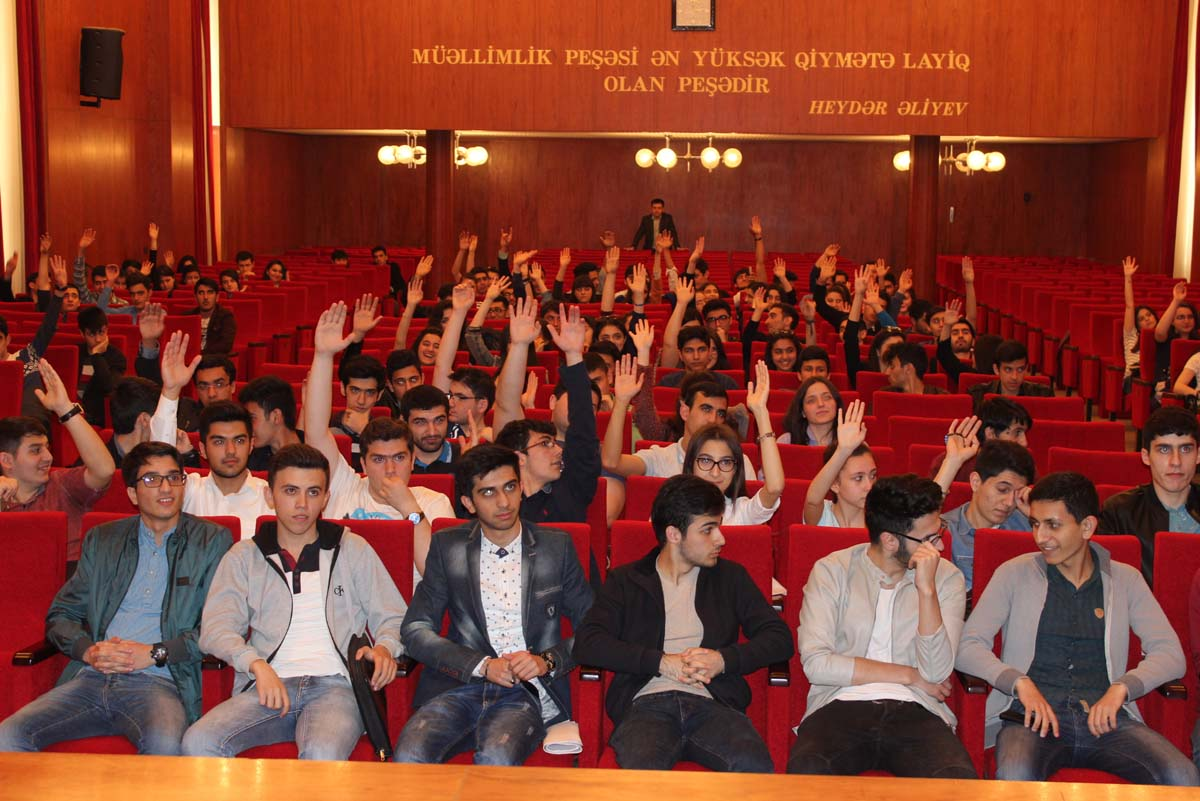Bakcell representatives meet with students of two Azerbaijani universities - Gallery Image