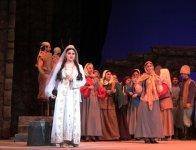 Фарид Алиев впервые исполнил партию Кероглу (ФОТО) - Gallery Thumbnail