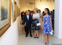 """В Музее современного искусства состоялось торжественное открытие выставки выдающегося художника Гусейна Алиева """"Пейзажи"""" (ФОТО) - Gallery Thumbnail"""