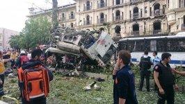 İstanbul'da çevik kuvvete bombalı saldırı, 11 ölü - 36 yaralı - Gallery Thumbnail