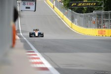 Hamilton continues to dominate F1 First Practice Session in Baku (PHOTO,VIDEO) - Gallery Thumbnail