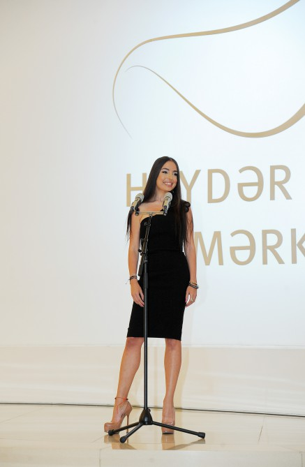 Heydar Aliyev Foundation VP views solo exhibition of George Condo launched at Heydar Aliyev Center - Gallery Image